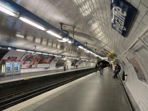 Estación Pigalle de la línea 2 (1902).