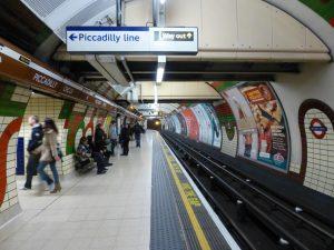 Estación Piccadilly Circus de la línea Piccadilly (1906).