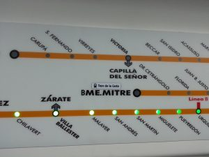 """Plano esquemático de la línea Mitre. La combinación con el """"Tren de la Costa"""" fue agregada después."""