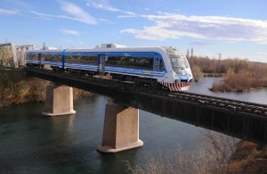 El Tren del Valle ha sido blanco predilecto de las críticas: ahora buscan municipalizarlo.