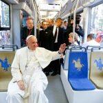 El Papa fue en tranvía a la Jornada Mundial de la Juventud