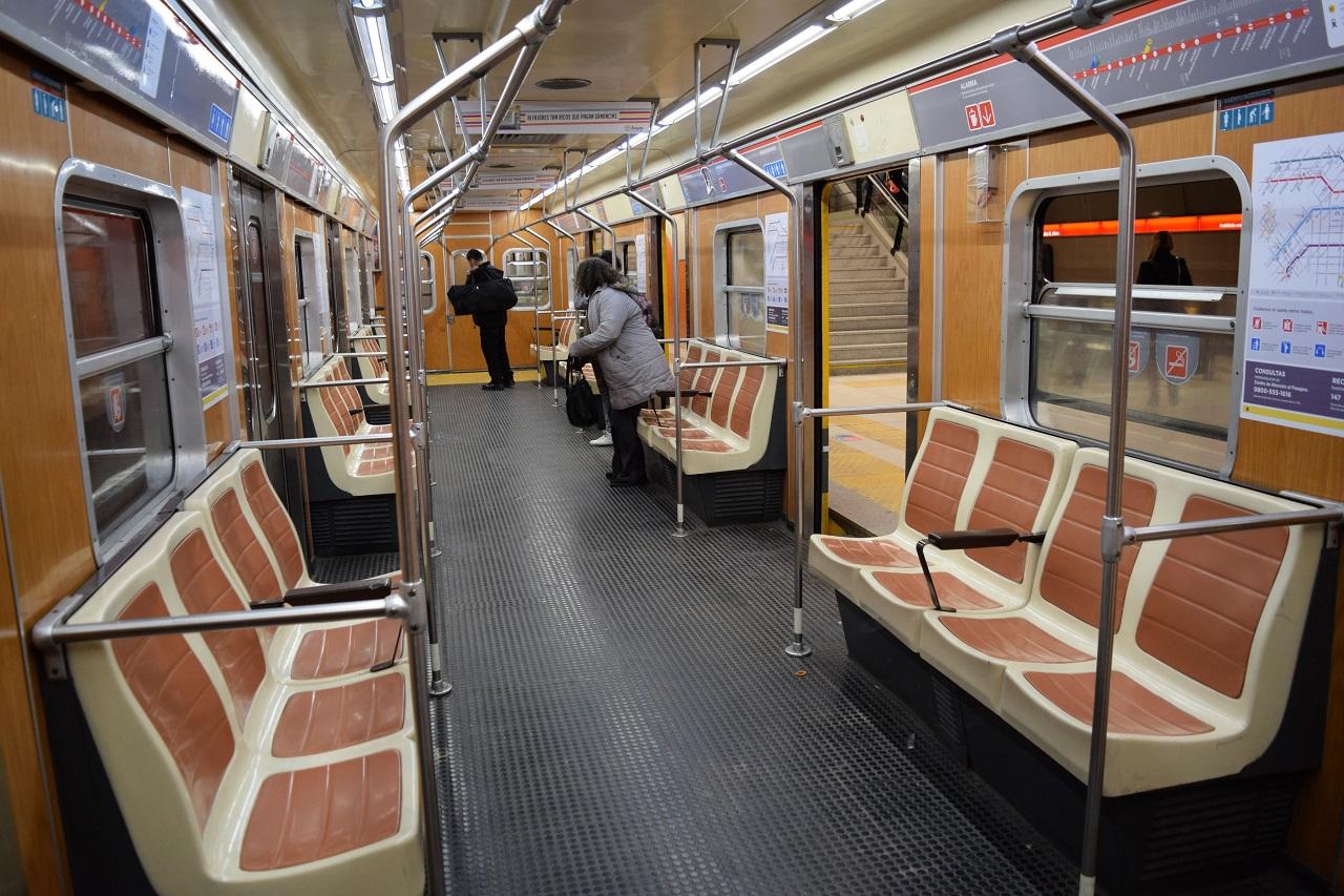 Sacan de circulación trenes porque tienen material cancerígeno — Subte B