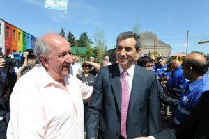Otros tiempos: el titular de la COOTTAJ, Pedro Rodríguez, junto al ex ministro Florencio Randazzo.