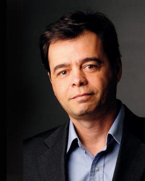 Héctor Lostri, interventor de Fabricaciones Militares.