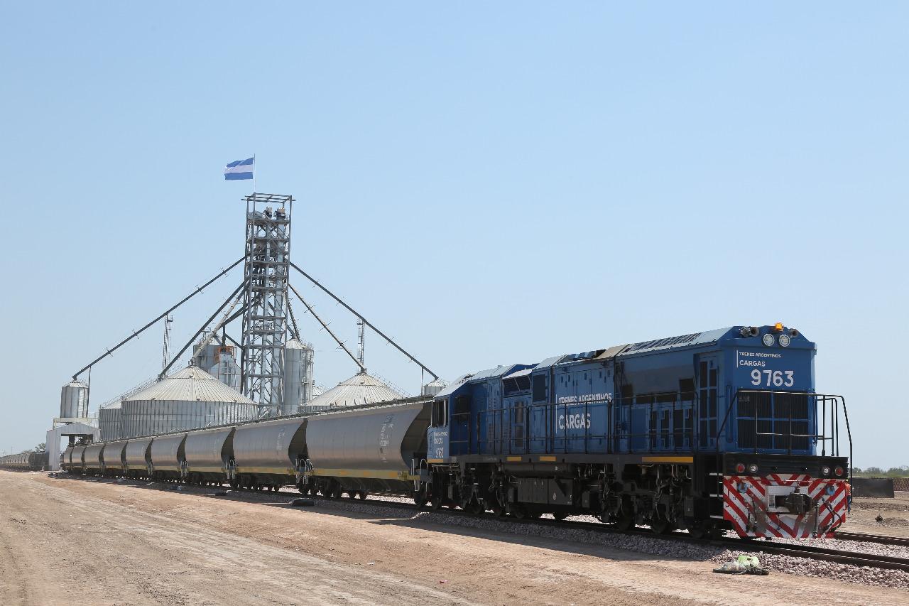 Resultado de imagen para Licitan obras para el Belgrano Cargas en Santa Fe