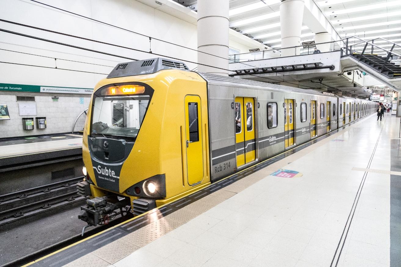 Resultado de imagen para Preparan un nuevo tren para agregar a la línea D