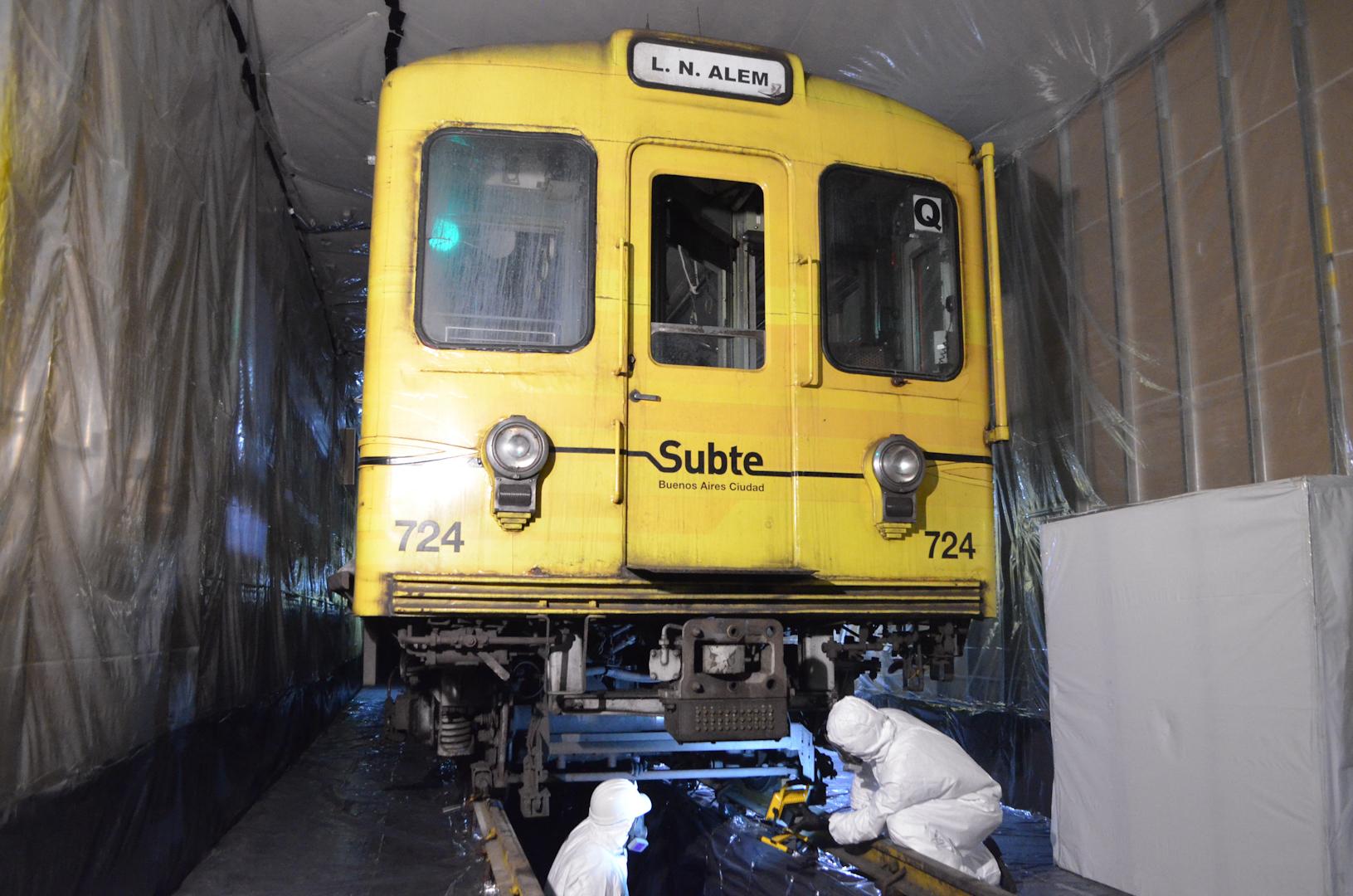 Línea B: ya sacaron el asbesto de la mitad de los trenes ...